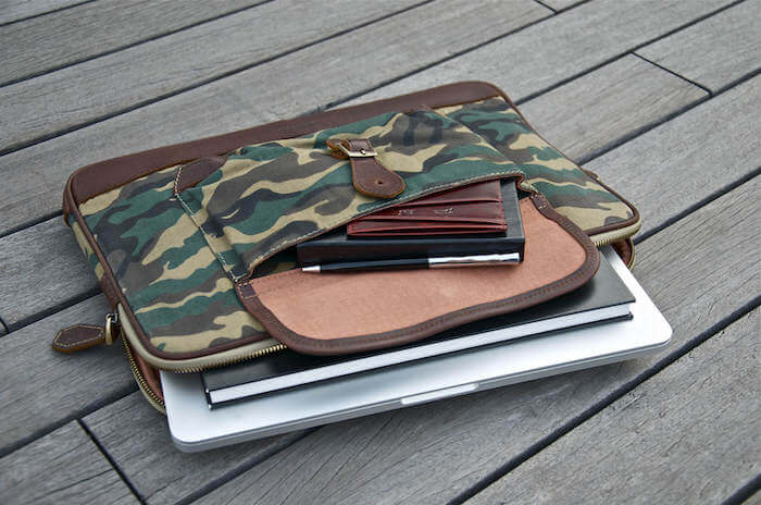 alden_canvas_leather_folio_camo_4