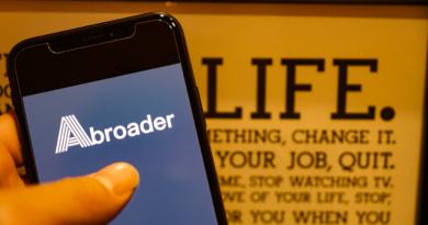 【現実】実際のデジタルノマドワーカーの1日スケジュール。海外移住計画をする日本人フリーランスの生活